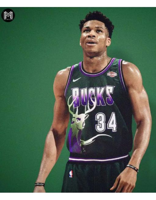 Giannis Antetokounmpo Milwaukee Bucks - Retro
